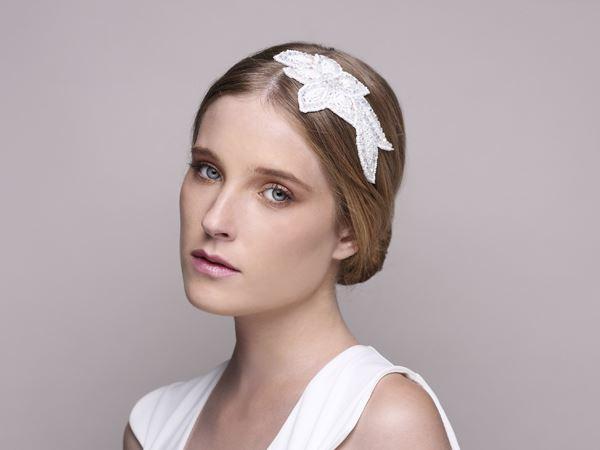 wedding head fascinator, bridal veil